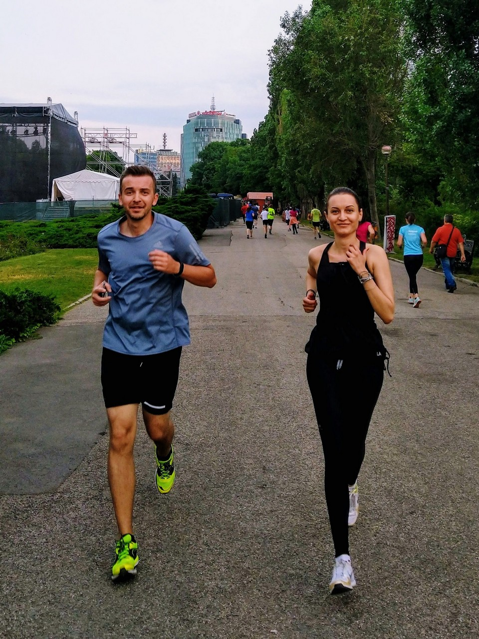 #dela1la21: Alexandra și Liviu și drumul lor către primul semimaraton!