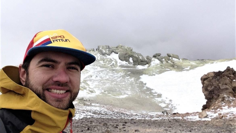 Ciprian Tiron – singur pe Damavand, cel mai înalt vulcan din Asia