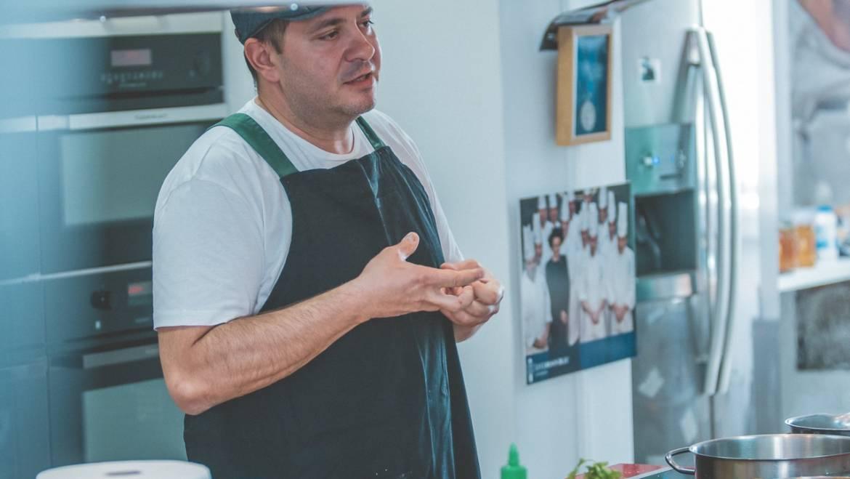 Despre creativitate în bucătărie și alimentație pentru sportivi cu Viorel Copolovici