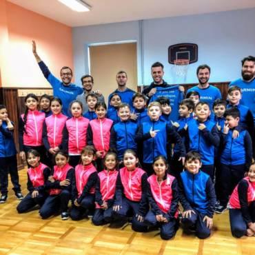 #CeasuriDePoveste: ideea care s-a transformat în echipament sportiv pentru 80 copii