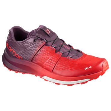 TOP 5: Cei mai buni pantofi de alergare pentru trail din 2018