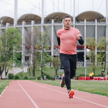 Mihai și-a găsit motivația și aleargă primul semi #PotSaZbor #dela1la21