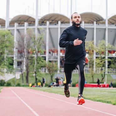 Povestea lui Florin: cum alergarea în comunitate l-a ajutat să spună #PotSaZbor