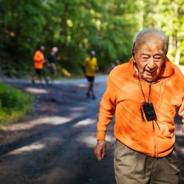 #RunningCulture: La 99 de ani aleargă curse de 5k pe Muntele Washington