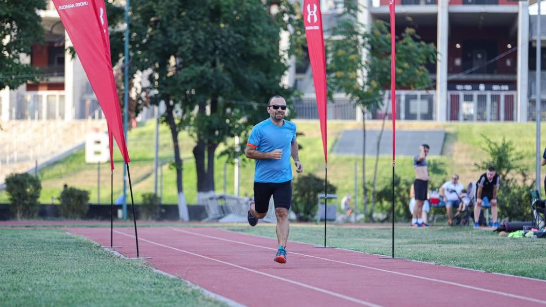 Radu e dovada vie a faptului că alergarea înseamnă disciplină