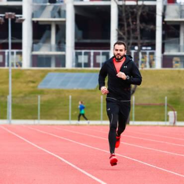 """Bogdan Frigioiu: """"Alergarea are un impact atât de pozitiv, încât nu aș putea trăi fără ea."""""""